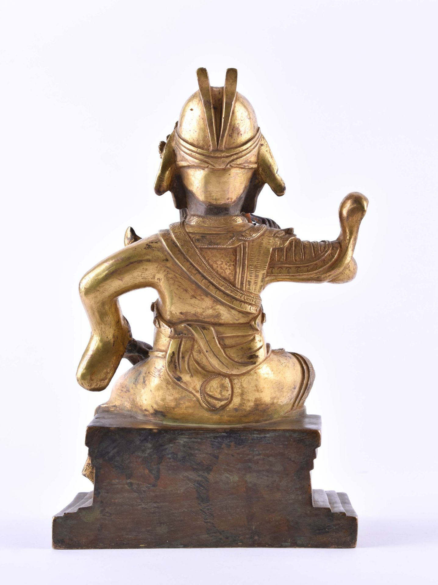 A fine gilt-bronze Figure of GUANDI, China, 19th century - Image 2 of 8