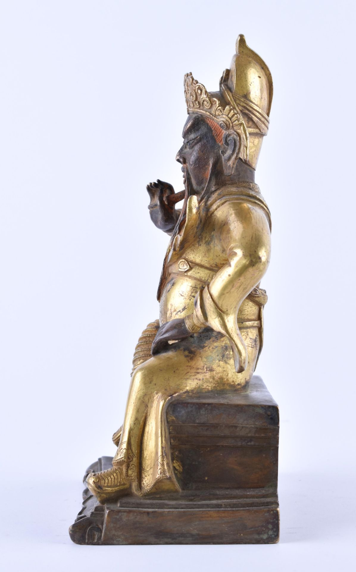 A fine gilt-bronze Figure of GUANDI, China, 19th century - Image 3 of 8