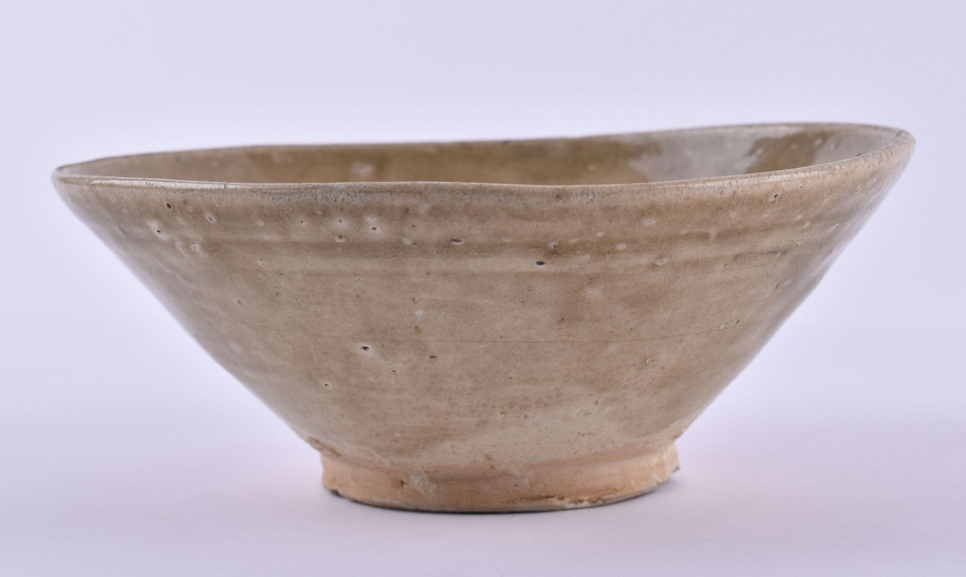Bowl Vietnam Tran dynasty 12th-14th century - Image 2 of 5