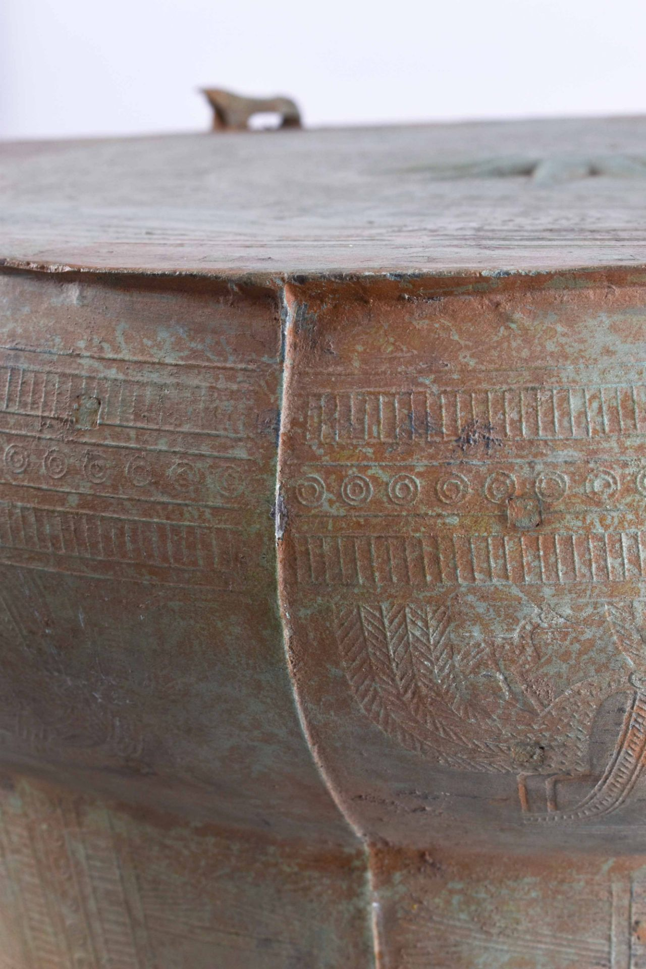Ritual bronze drum Vietnam Dong-Son period - Image 4 of 9