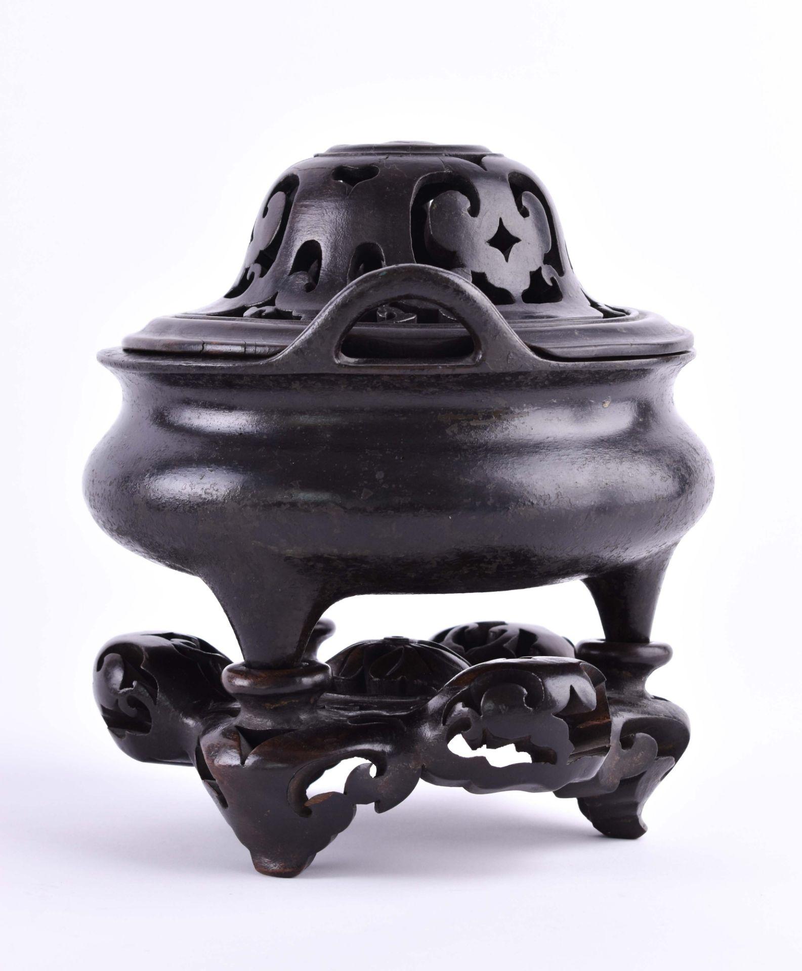 Tripod incense burner, China Ming dynasty - Image 3 of 5