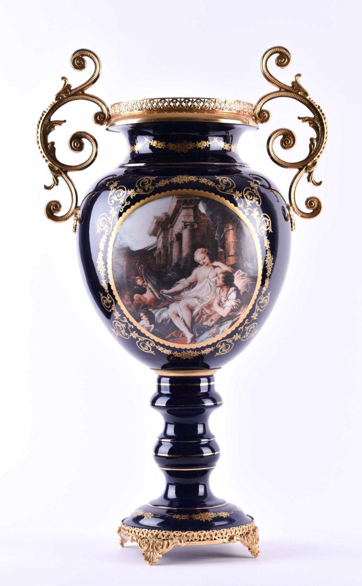 Pomp vase Limoges