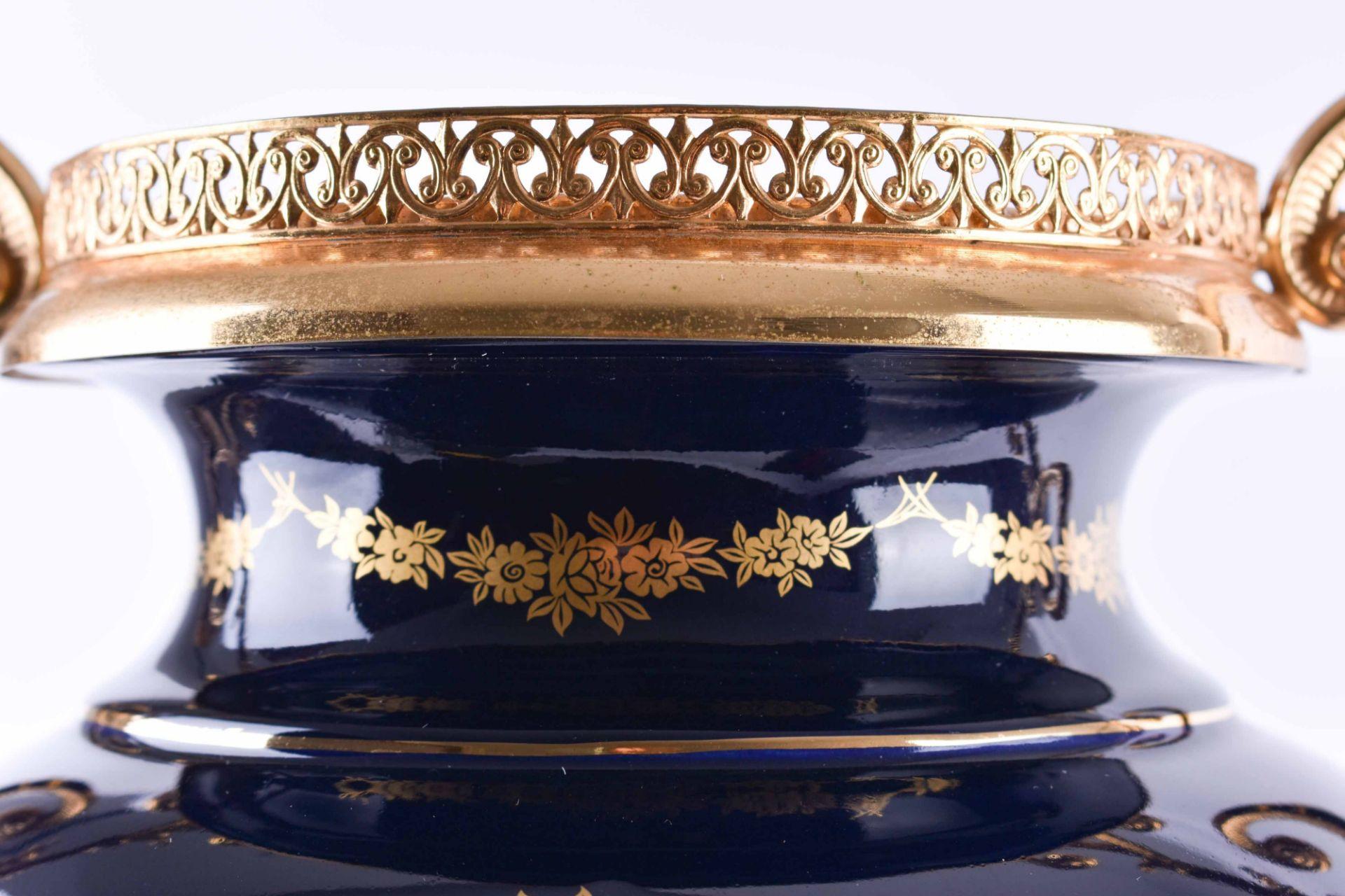 Pomp vase Limoges - Image 4 of 5