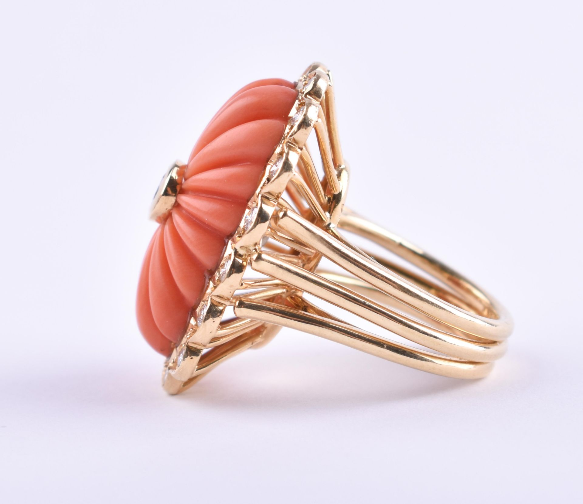 Ladies coral diamond ring Cartier - Image 3 of 4
