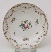 Creamware Unterschale / A creamware / pearlware dish / faience fine, wohl England, um 1800<b