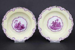 Paar Zierteller mit galanten Szenen / A pair of plates with Watteau scenes, Meissen, 19. Jh.