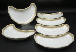Sechs Grätenschalen aus dem Perl-Service bzw. Bayrischen Königsservice / 6 grain dishes from ...