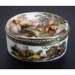 Tabatiere / Schnupftabakdose mit Watteau-Szenen / A snuff box with courting scenes, deutsch, ...