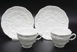2 Tassen und Untertassen mit Reliefdekor / 2 cups and saucers with relief pattern, Meissen, um 1860
