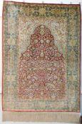 Signed Hereke rug silk. Özipek. Turkey. Crazy fine weave.