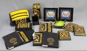 Convolute VERSACE. Small objects, displays and decorative items.