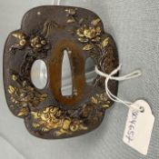 Tsuba. Japan. Wohl Bronze mit Vergoldungen alt.