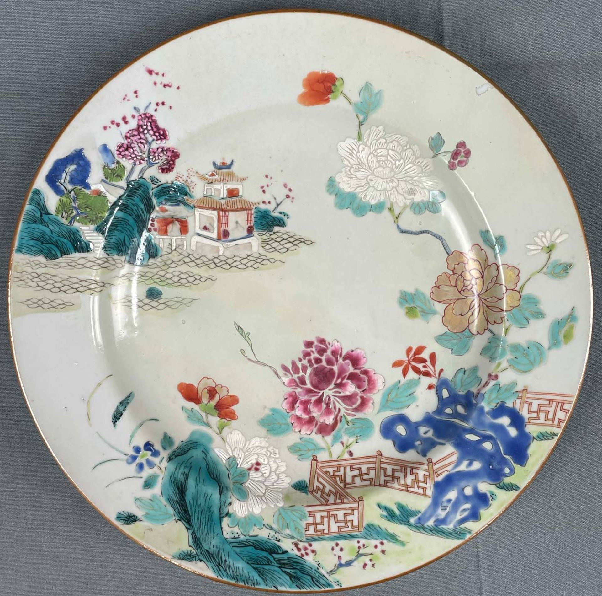 2 Platten. Porzellan. Wohl China antik. - Image 3 of 16