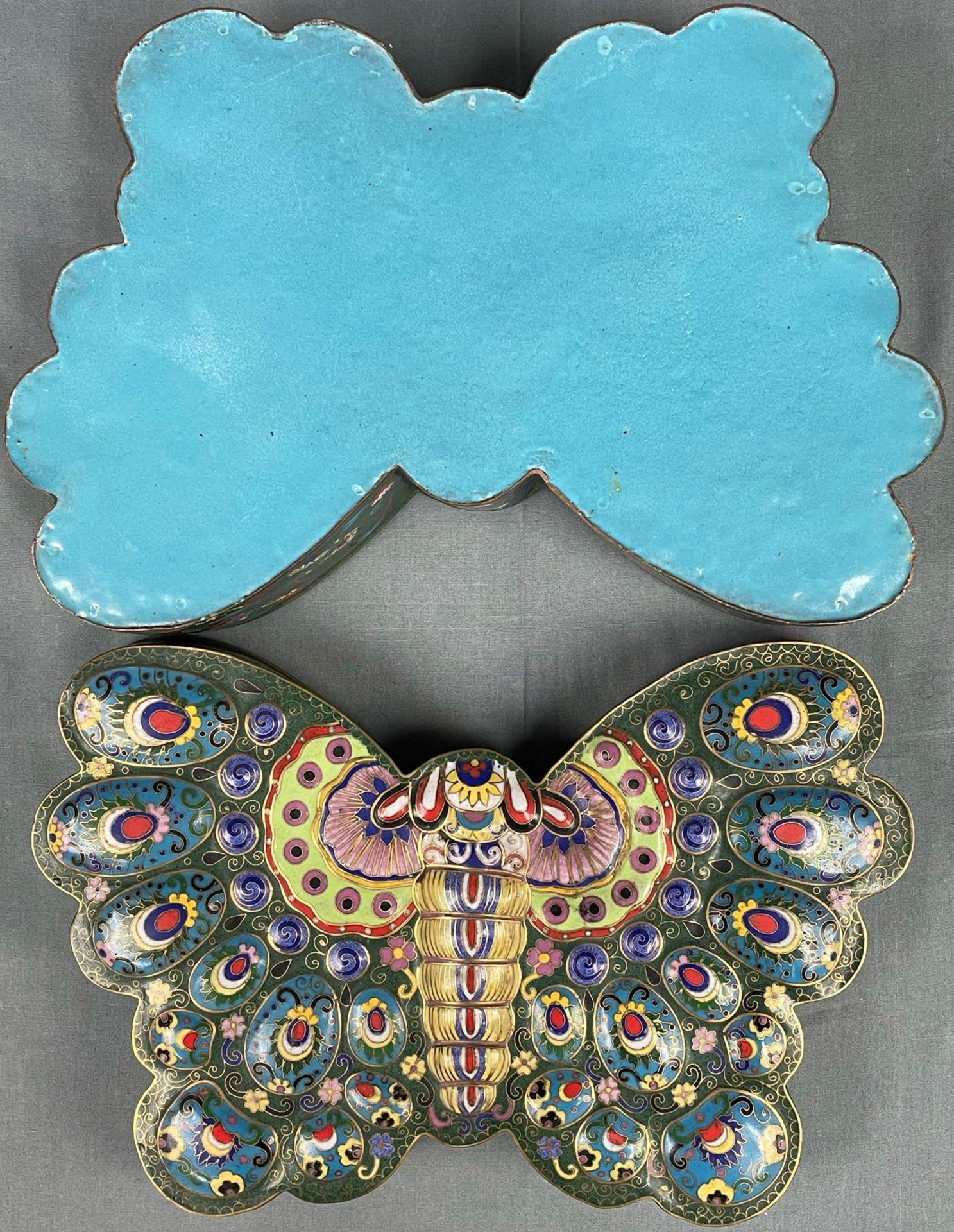 Cloisonné Papillon Schatulle mit Deckel. - Image 8 of 12