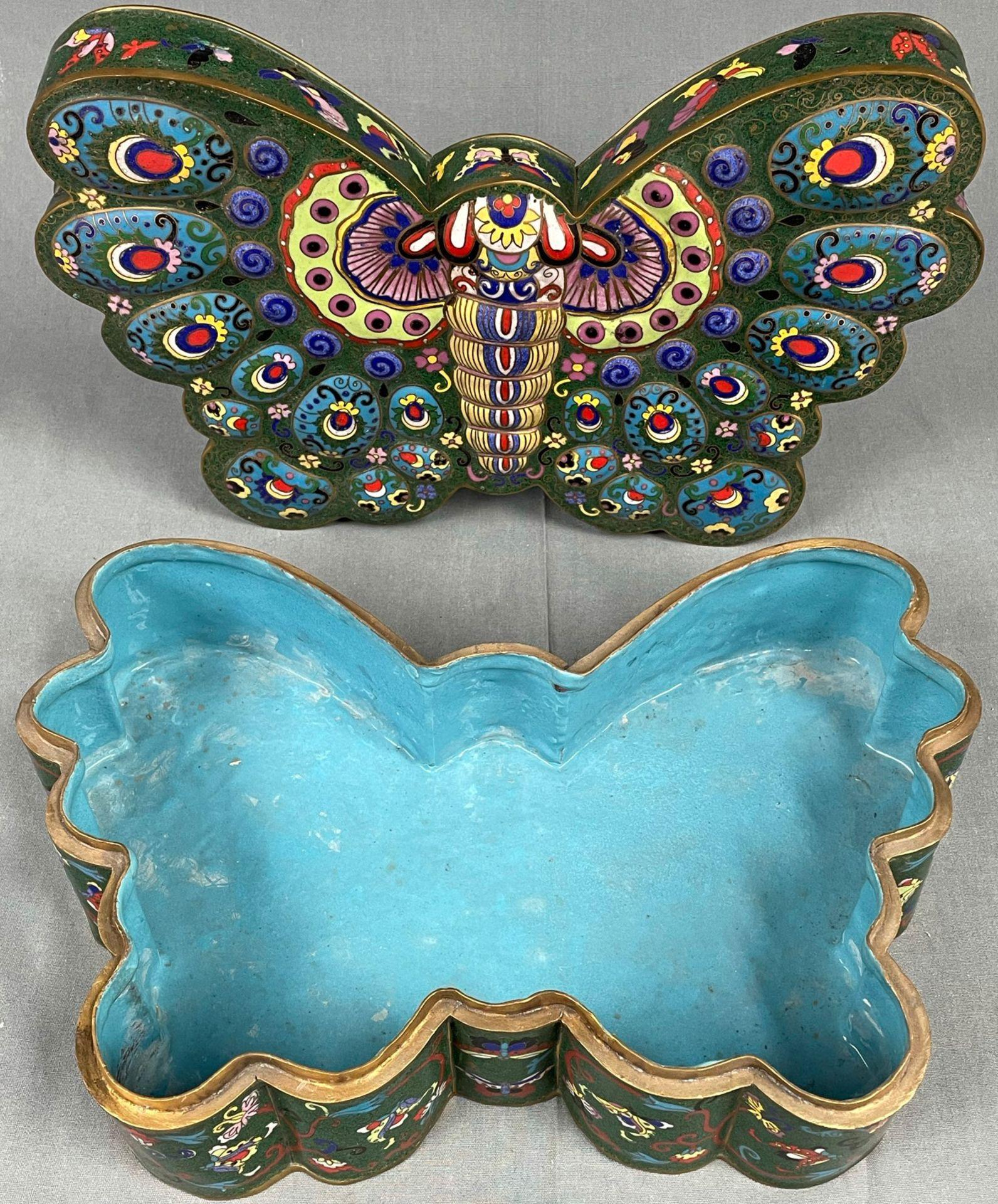 Cloisonné Papillon Schatulle mit Deckel. - Image 6 of 12