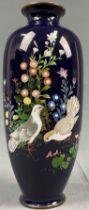 Cloisonné Vase blauer Grund. 2 Vögel.