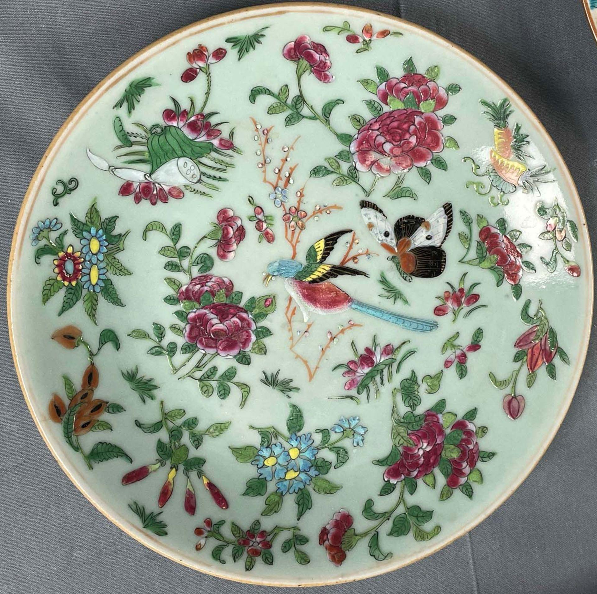 2 Platten. Porzellan. Wohl China antik. - Image 10 of 16