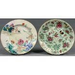 2 Platten. Porzellan. Wohl China antik.