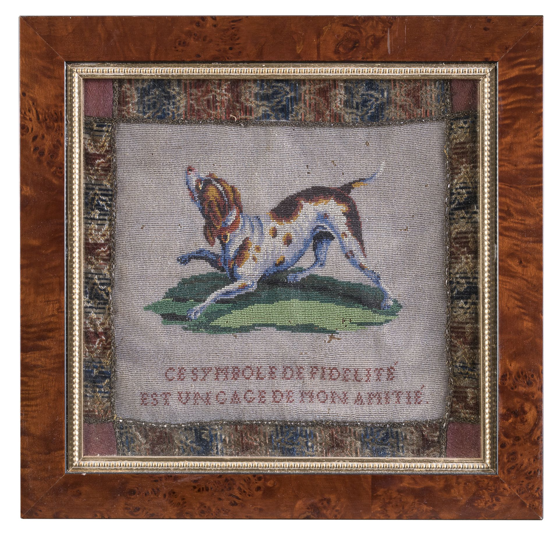 SMALL TAPESTRY MADE OF GLASS BEADS 20TH CENTURY