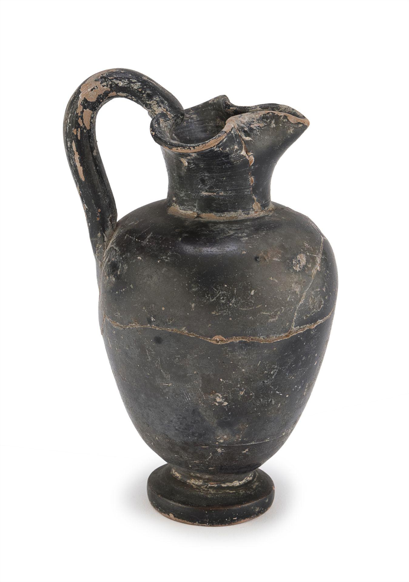 BLACK-FIGURED APULIAN OINOCHOE 4th-3rd CENTURY BC