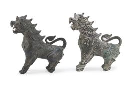 A PAIR OF CHINESE BRONZE BUDDHIST LIONS. EARLY 20TH CENTURY.