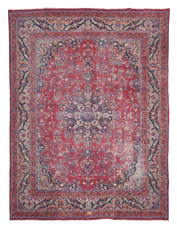 RARE PERSIAN KAZVIN CARPET EARLY 20TH CENTURY