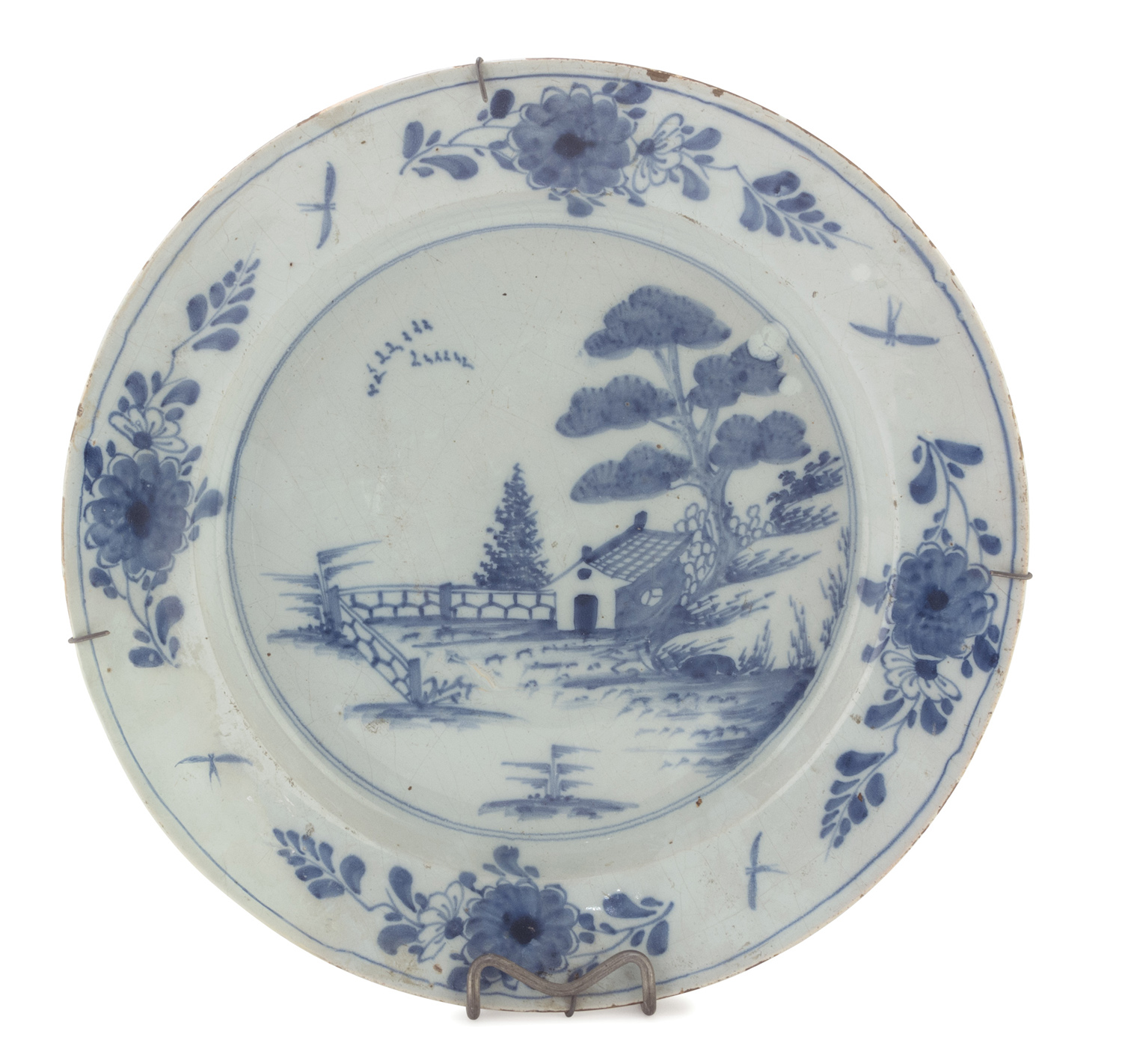 LARGE PORCELAIN PLATE PROBABLY MILAN LATE 18th CENTURY