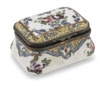 SMALL PORCELAIN CASE 19th CENTURY
