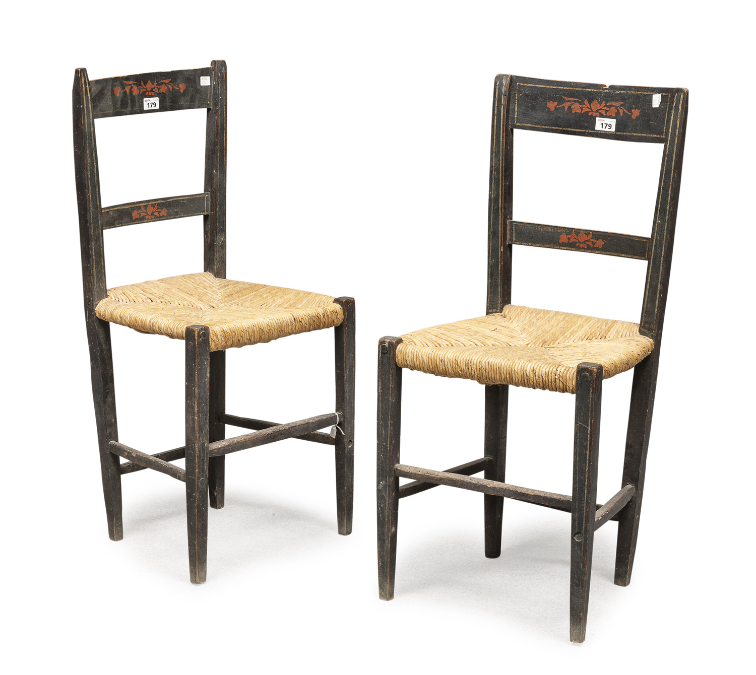 PAIR OF LACQUERED WOODEN CHAIRS TUSCANY EARLY 19TH CENTURY