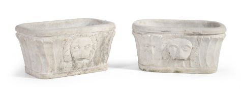 PAIR OF WHITE MARBLE BASINS NAPLES EARLY 19TH CENTURY