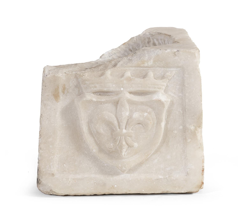 COLUMN BASE IN WHITE MARBLE 16TH CENTURY