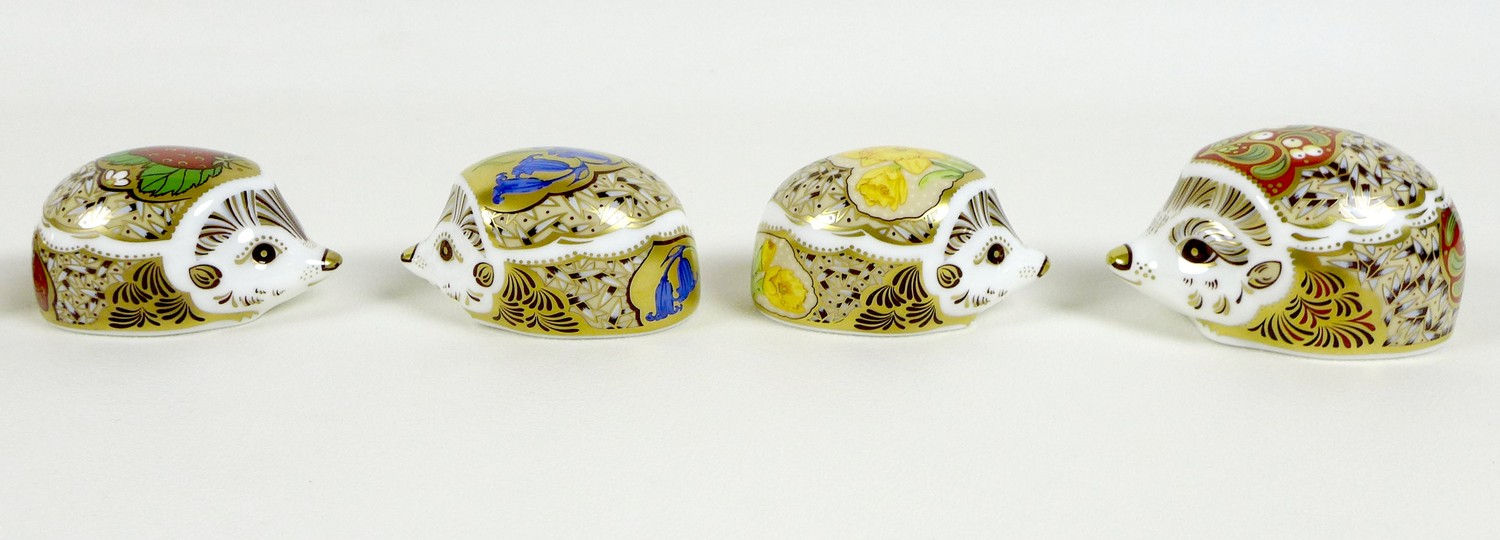 A group of eight small Royal Crown Derby paperweights, all modelled as hedgehogs, comprising ' - Image 3 of 16