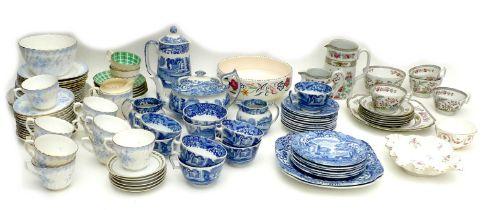A Copeland Spode Italian Pattern part tea service, comprising teapot, 14cm high, coffee jug, 21.