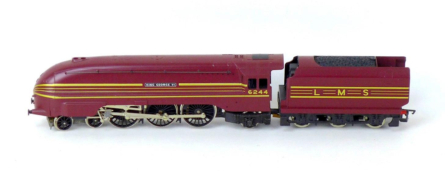 Three Hornby OO gauge model locomotives with tenders, comprising 4-6-2 Mallard 60022 - Image 2 of 4