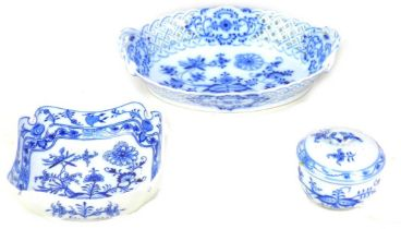 Three pieces of 20th century Meissen Onion pattern porcelain, comprising a an oval form twin handled