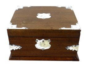 An early to mid 20th century tea caddy, fitted interior with brown velvet lining to underside of