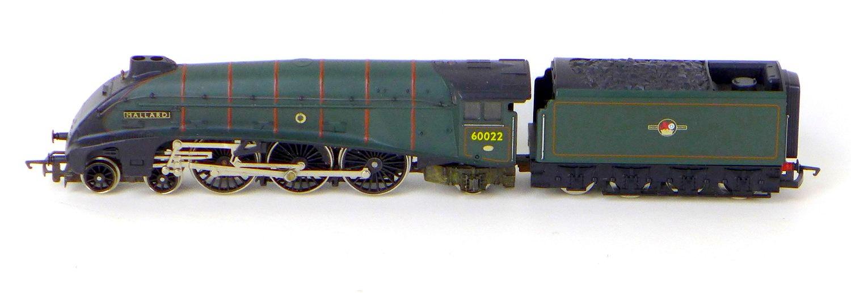 Three Hornby OO gauge model locomotives with tenders, comprising 4-6-2 Mallard 60022 - Image 4 of 4