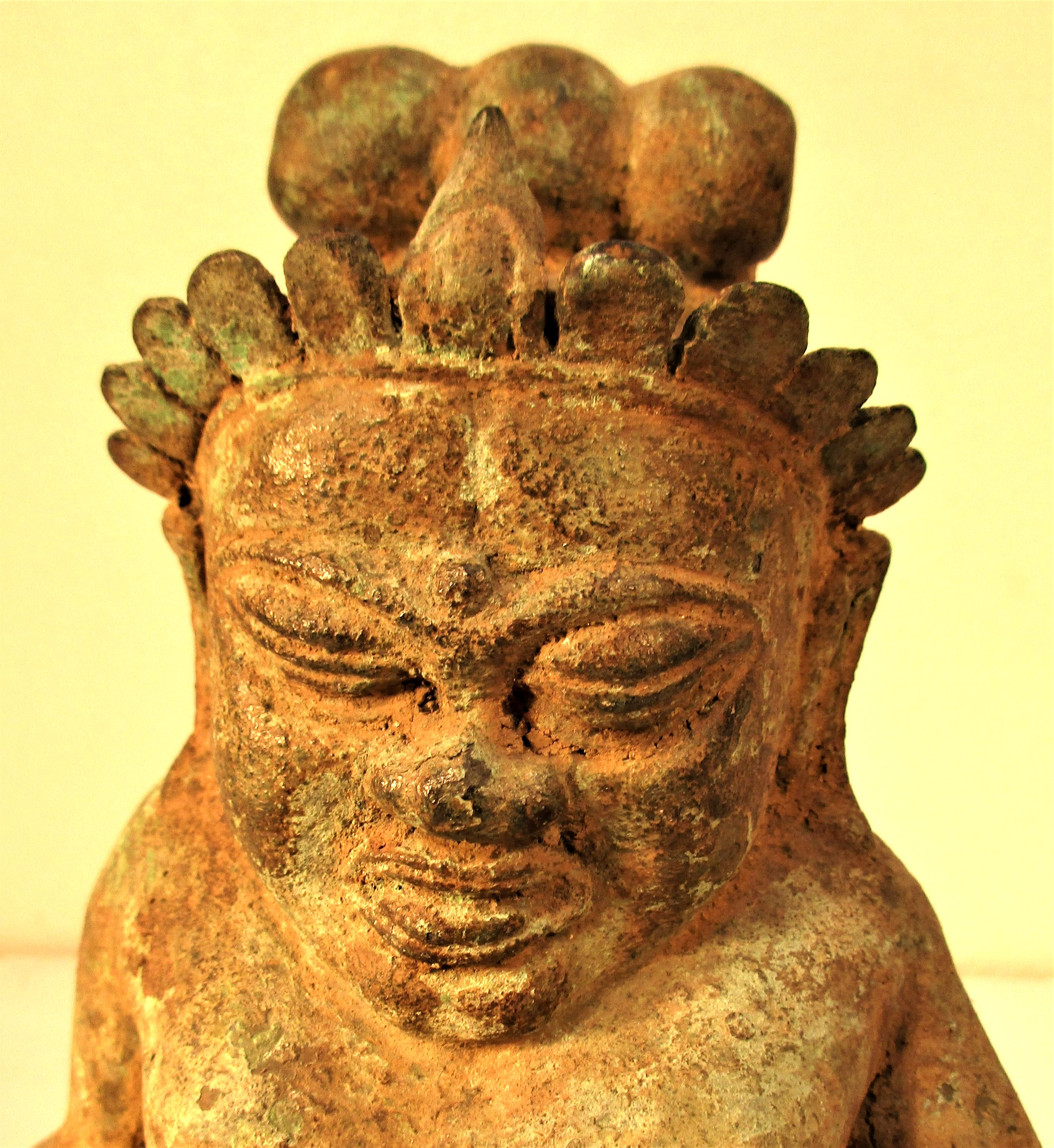 Bronze Chinese Buddha, cast in Bali. Buddha is holding a torje and a horn. 25 x 15cm. Early 21st c. - Image 4 of 4