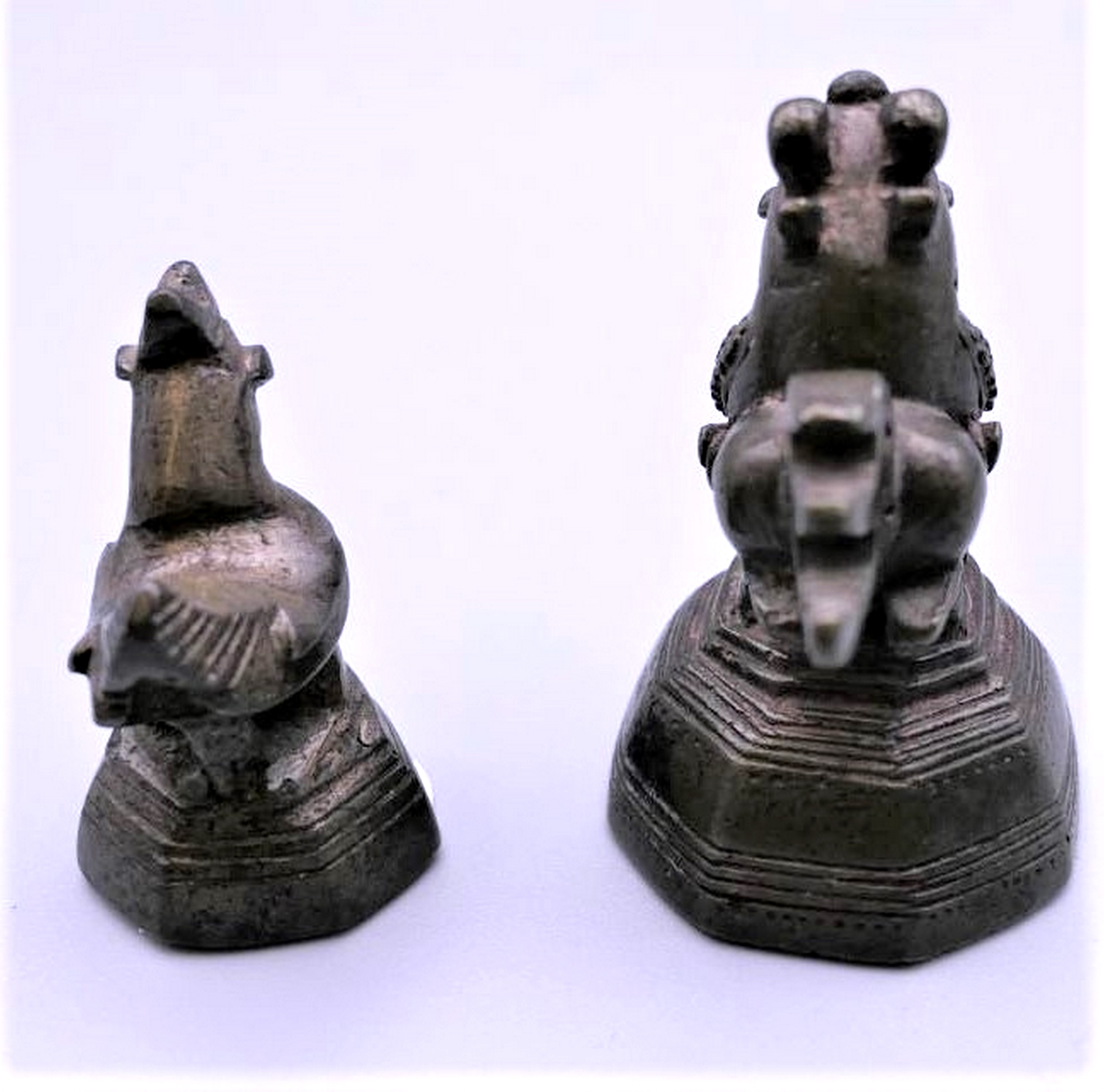 Two Burmese cast bronze opium weights. Largest 5cm high. Mid 20th c. Notes: The heavier one is a - Image 3 of 5