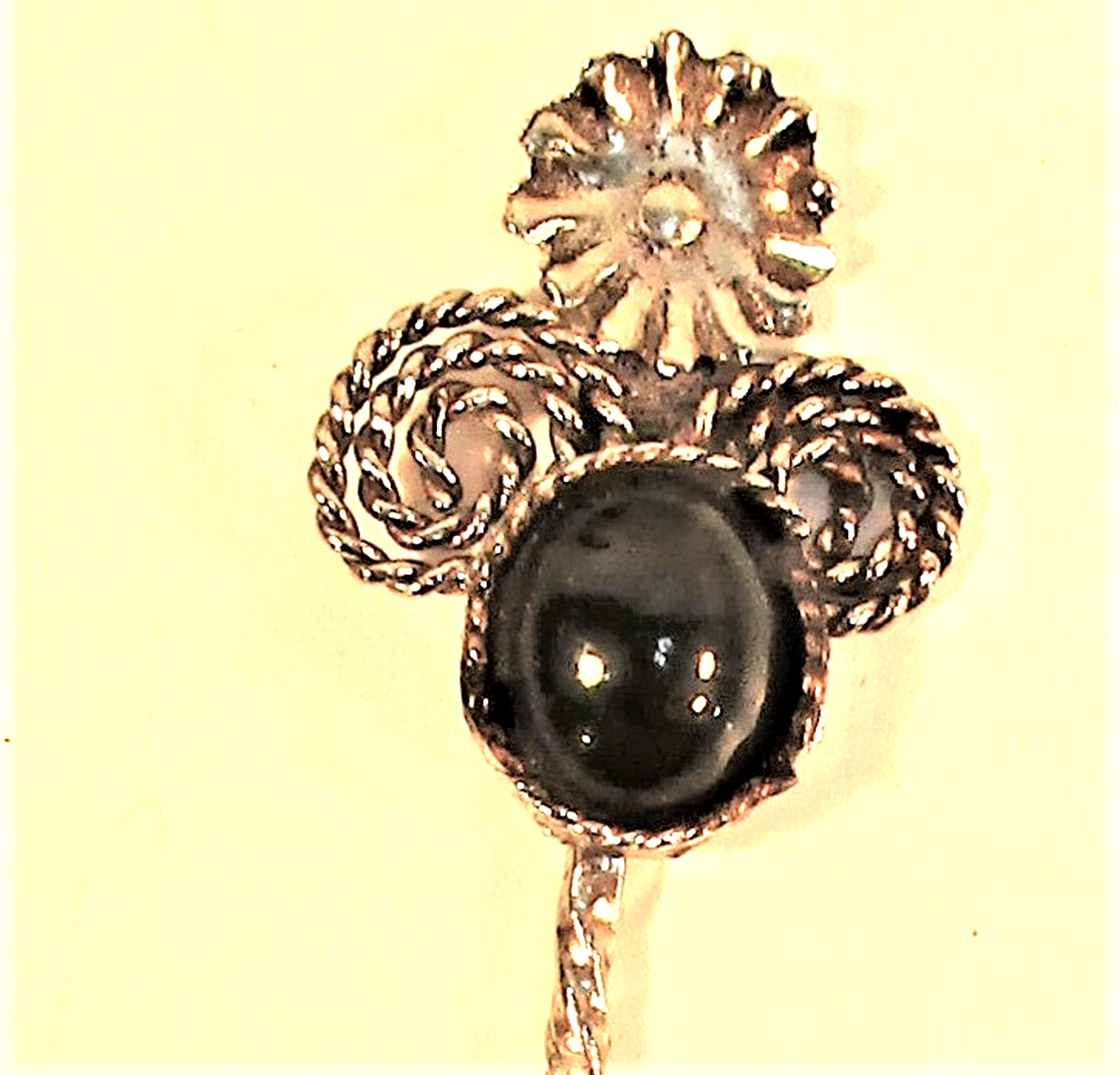 Hair decoration or hat pin with black onyx stone. Chinese. 10cm. - Image 2 of 2