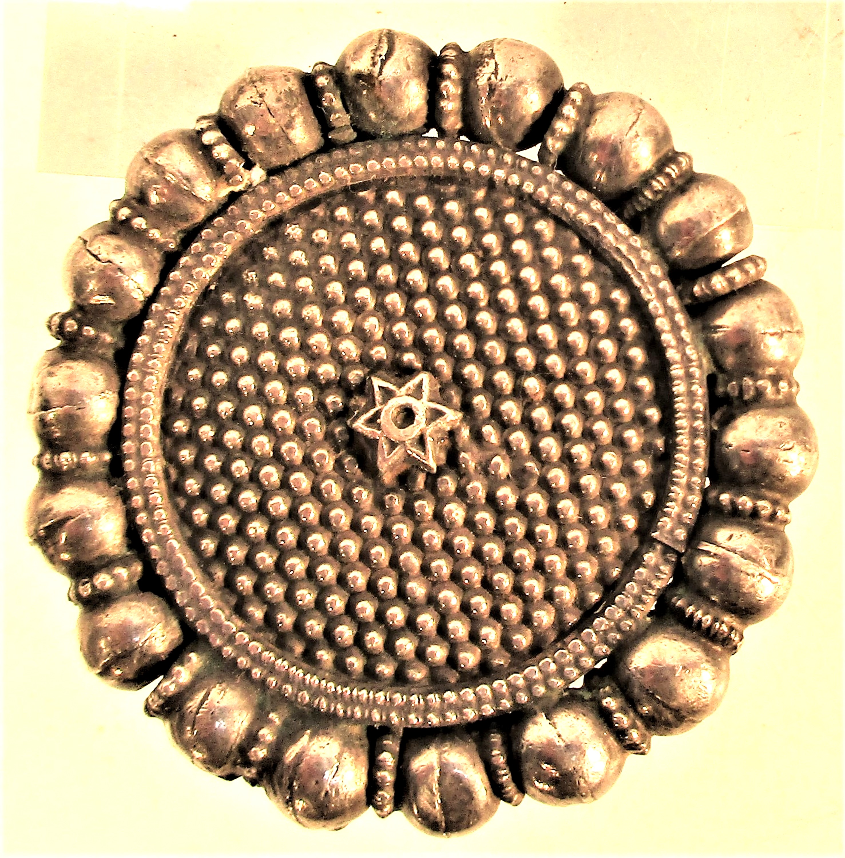 An usual white metal cloak or shawl clasp, probably from north Afghanistan. 5cm. 40 grms