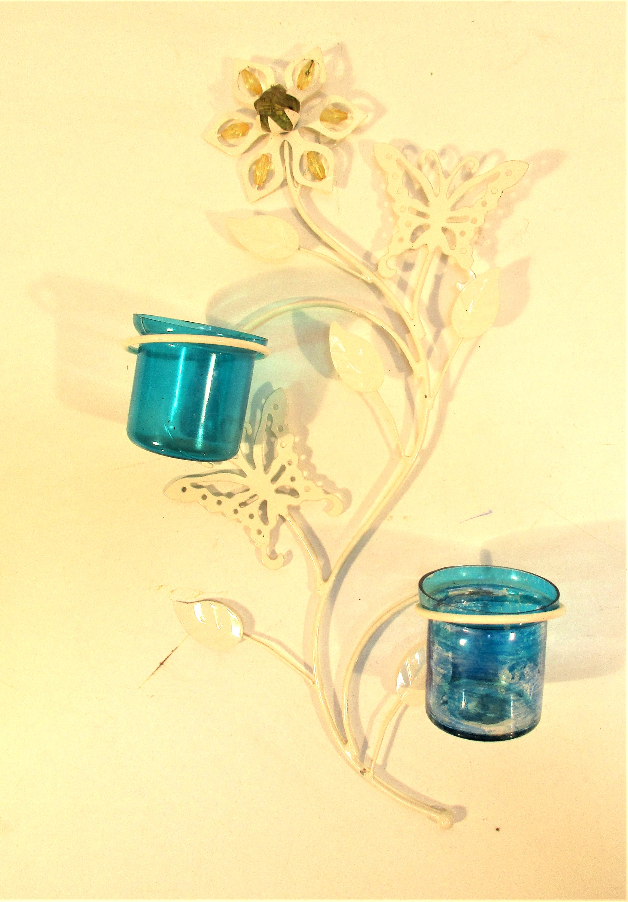 White painted metal display with two glass vases for flowers or nite lights. 40 x 20cm. New