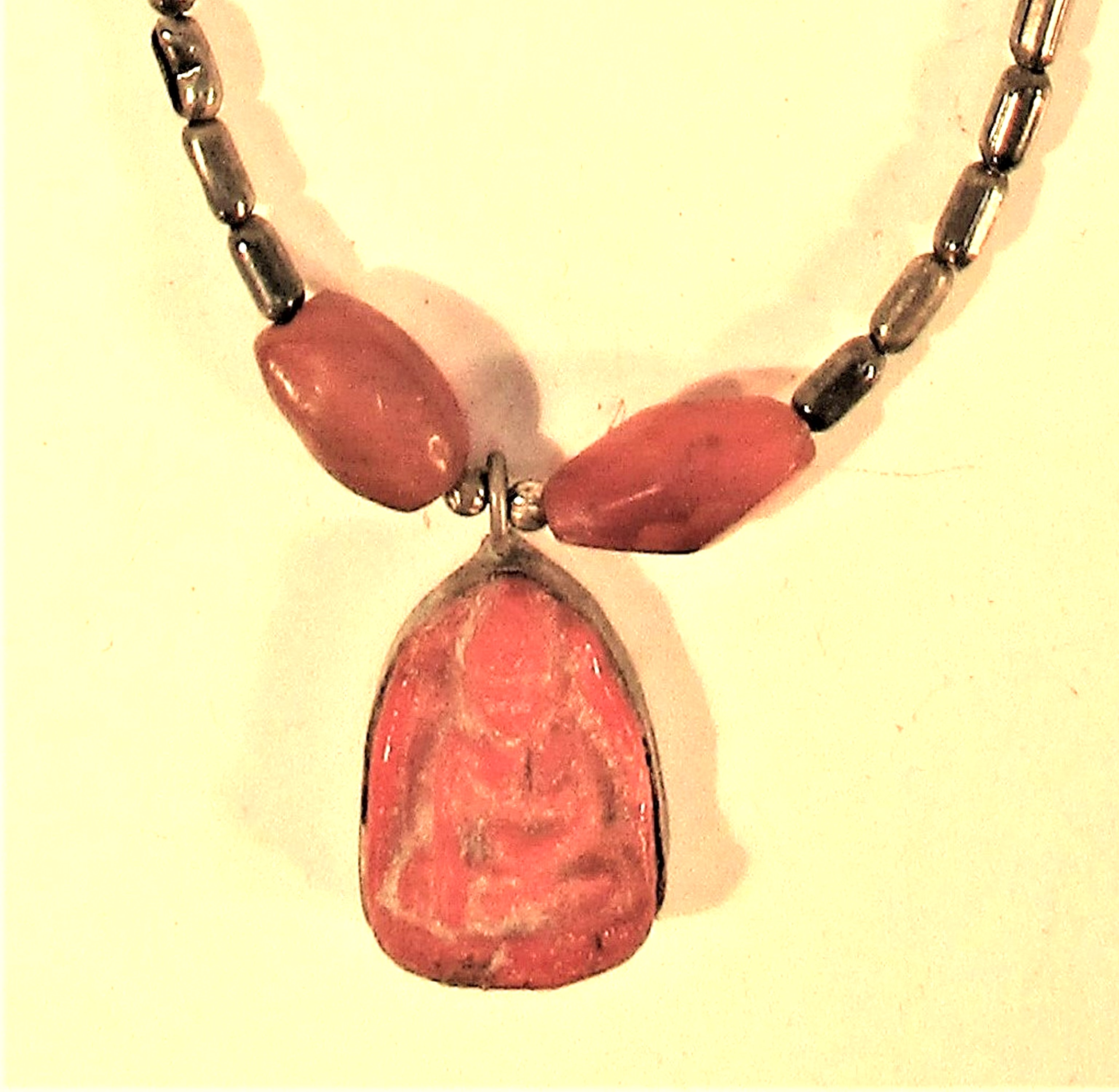 Necklace with Buddha pendant and 2 cornelian beads 25cm - Image 2 of 2