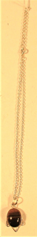 Tiger eye pendant on chain. 24cm.