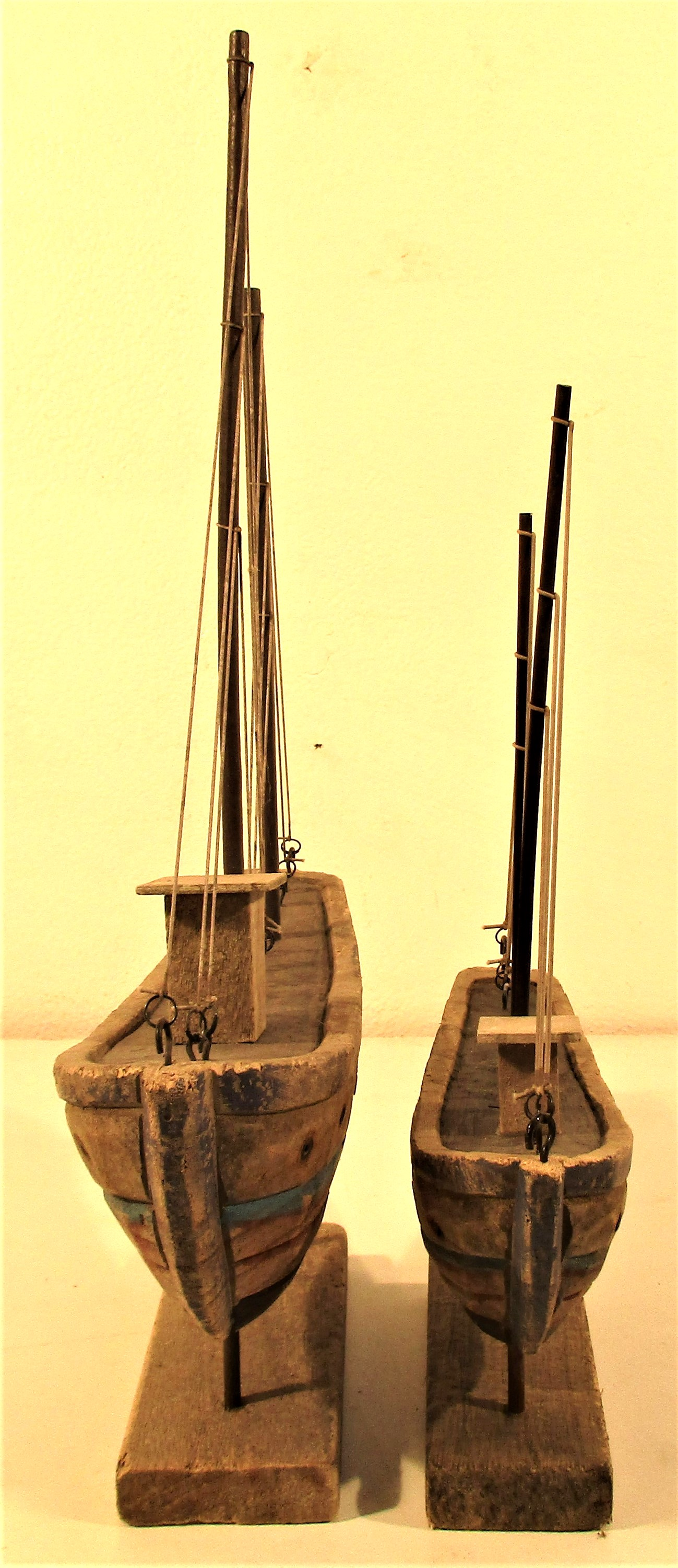 2x wood and painted boats with full rigging. 30 x 42 and 22 x 30cm. New - Image 2 of 3
