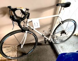 An MBK white painted gent's racing bike.