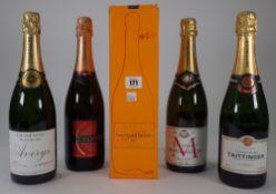 Five bottles of Champagne; Veuve Clicquot Ponsardin, Averys Special Cuvee, Taittinger,