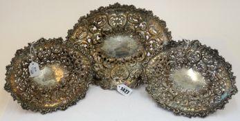 A Scottish silver pedestal bonbon dish, of shaped oval form,