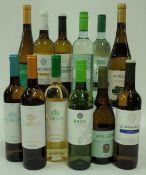 Portuguese White Wine: Curvos Avesso 2019; Curvos Superior 2019; Curvos Loureiro 2019; Raza 2019;