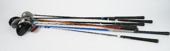 Seven golf clubs, including Spalding, Golf Pride and Toar Tech Synchron, (7).